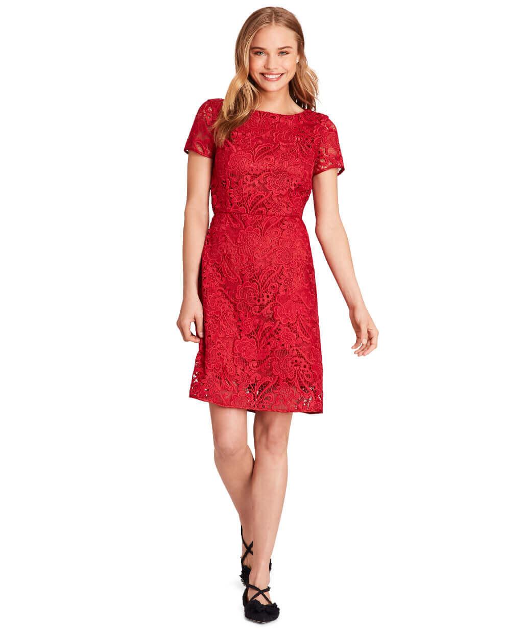 hero 3 - SP19 Women's Red Fleece Look 02